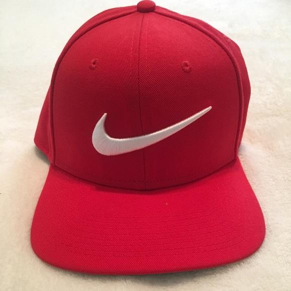 Nike swoosh SnapBack hat 56cde06fed3